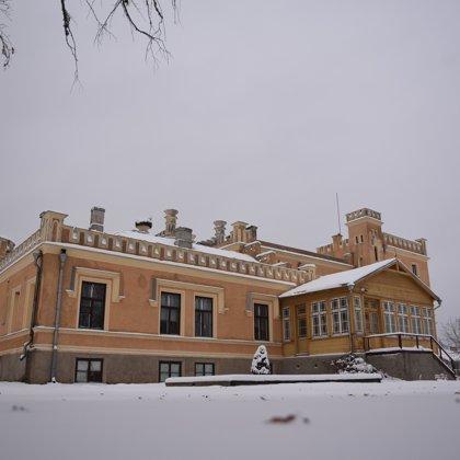 Gārsenes pils ziemā